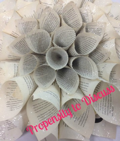 I've read that book...now what? A Propensity to Discuss Post. Book Wreath Crafting with old books.